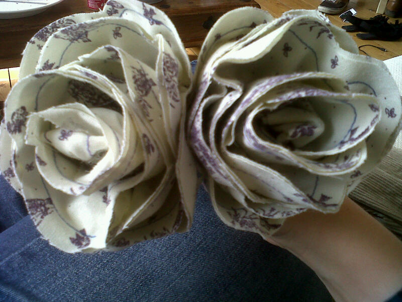 I have made a whole lot of these fabric flowers of sticks and, apart from making my wedding bouquet out of them, I'm still struggling to find a reason why